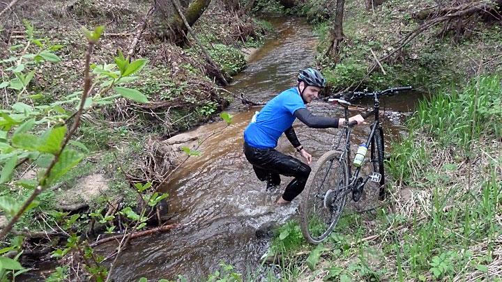 Nieudolna próba pokonania rzeki