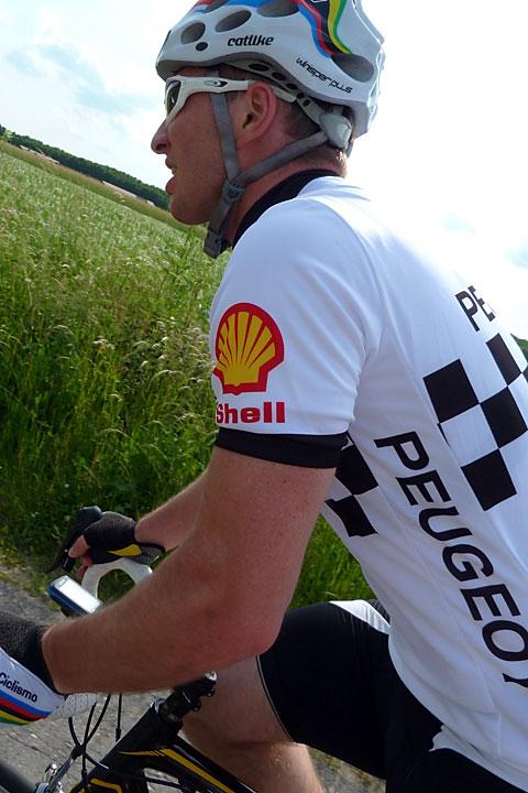 Nowy koszul teamu Peugeot