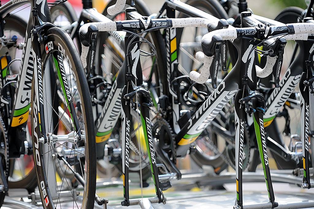 Sprzęt ekipy HTC-Highroad - każdy ztych rowerów wart jest kilkadziesiąt tysięcy złotych, Warszawa 2011
